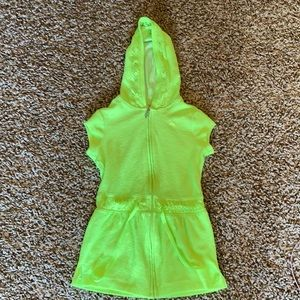 Swim cover up size 6/7 girls